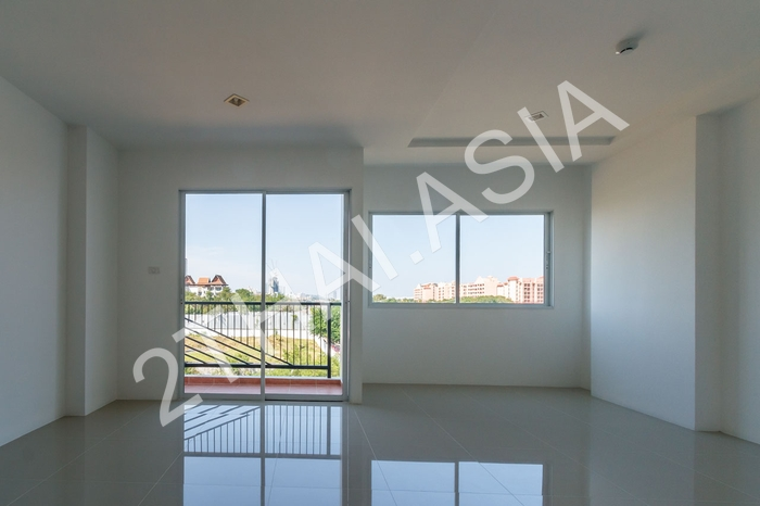 Trio Gems Condominium, Pattaya, Jomtien - photo, price, location map